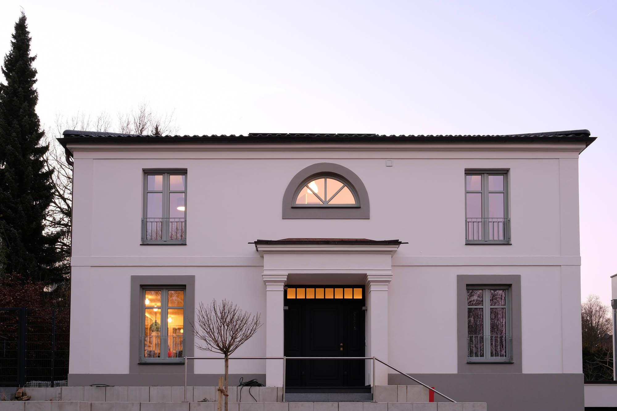 Klassische Villa Neubau klassische villa am schellenberger wald - architekten blanc